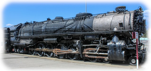 Giant 4-12-2 UP Locomotive